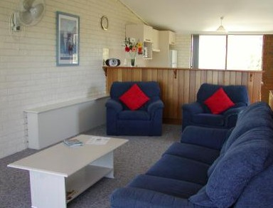 Penguin Mews - Accommodation in Brisbane
