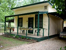 Pioneer Garden Cottages - Accommodation in Brisbane