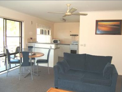 Ocean Drive Apartments - Accommodation in Brisbane