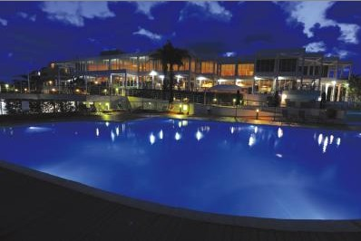 Absolute Beachfront Opal Cove Resort - Accommodation in Brisbane
