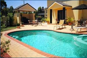 Hopkins House Motel  Apartments - Accommodation in Brisbane