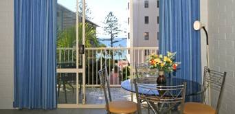 Surf Dance Holiday Units - Accommodation in Brisbane