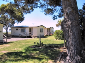 Millicent Hillview Caravan Park - Accommodation in Brisbane