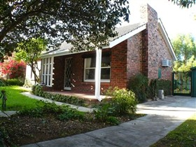 Langman Cottage - Accommodation in Brisbane