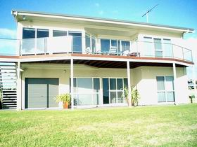 Swanport Views Holiday Home - Accommodation in Brisbane