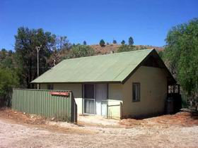 Willow Springs Jackeroo's Cottage - Accommodation in Brisbane