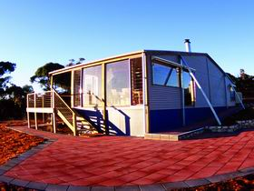 Wilderness Valley Studio Accommodation - Accommodation in Brisbane