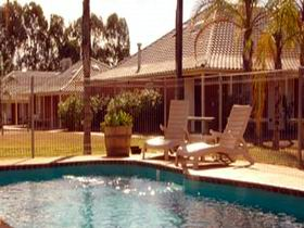 Best Western Standpipe Golf Motor Inn - Accommodation in Brisbane