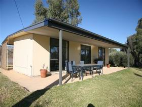 Toolunka Estate Cottage - Accommodation in Brisbane