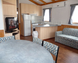 Victor Harbor Holiday and Cabin Park - Accommodation in Brisbane