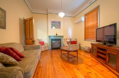 Semaphore Beach Cottage Bed and Breakfast - Accommodation in Brisbane