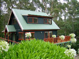 Tree Tops Cascades - Accommodation in Brisbane