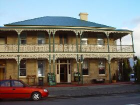 Richmond Arms Hotel - The - Accommodation in Brisbane