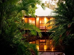 Hunchy Hideaway - Accommodation in Brisbane