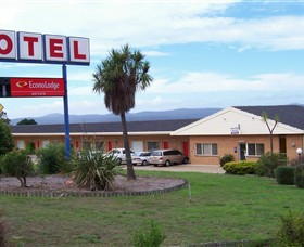 Econo Lodge Bayview Motel