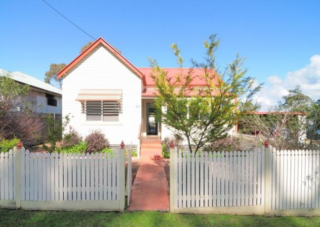 Diamond Cottages - Accommodation in Brisbane