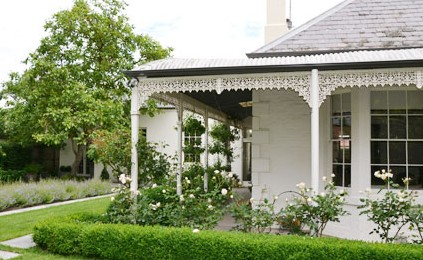 Camellia Cottage Bed  Breakfast