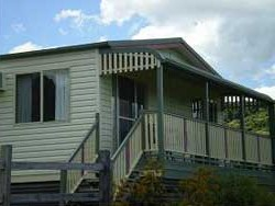 Halls Country Cottages - Accommodation in Brisbane