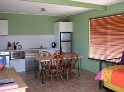 Fossickers Cottages - Accommodation in Brisbane