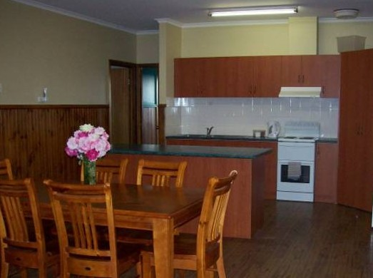 Riverland Holiday Cottage - Accommodation in Brisbane