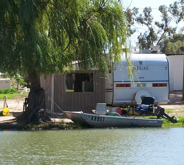 Willow Bend Caravan Park - Accommodation in Brisbane