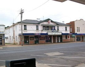 Globe Hotel Bombala - Accommodation in Brisbane