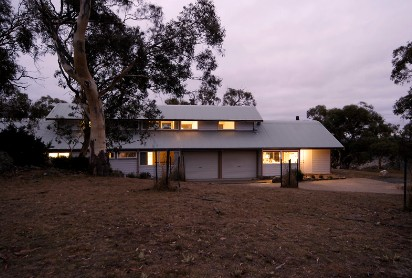 Silvertop Snowy Mountains Retreat - Accommodation in Brisbane