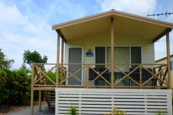 Belmont Pines Lakeside Holiday Park - Accommodation in Brisbane
