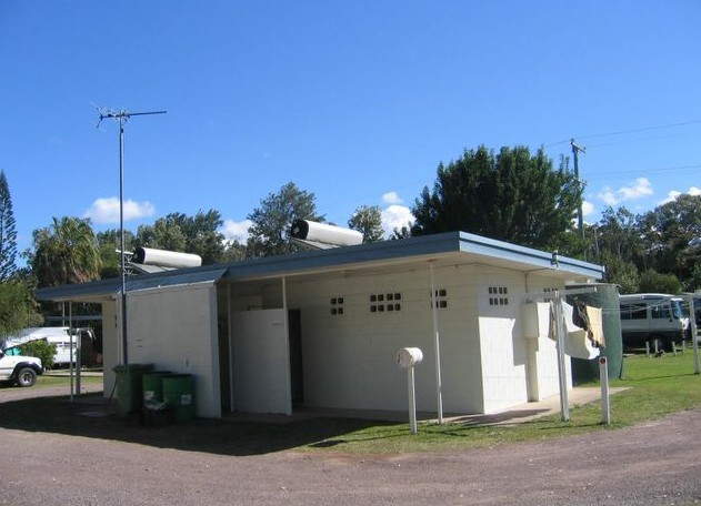 Armstrong Beach Caravan Park - Accommodation in Brisbane