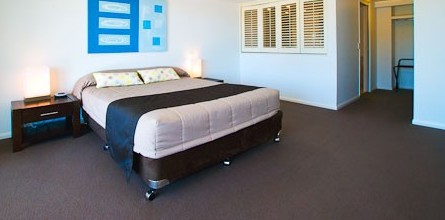 Beaches On Lammermoor Apartments - Accommodation in Brisbane