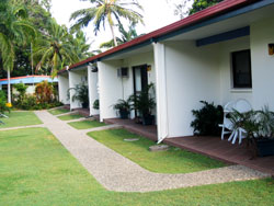 Sunlover Lodge Holiday Units and Cabins - Accommodation in Brisbane