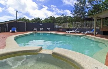 Whalewatch Ocean Beach Resort - Accommodation in Brisbane