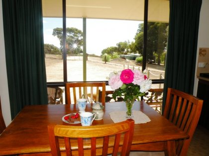 Stokes Bay Seaview Cottage - Accommodation in Brisbane