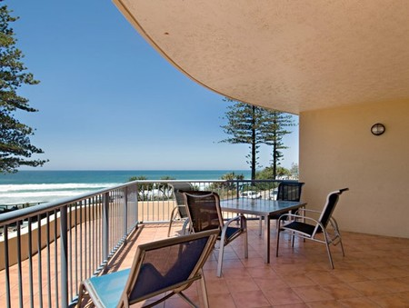 Coolum Baywatch Resort - Accommodation in Brisbane