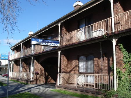 Albury Townhouse - Accommodation in Brisbane