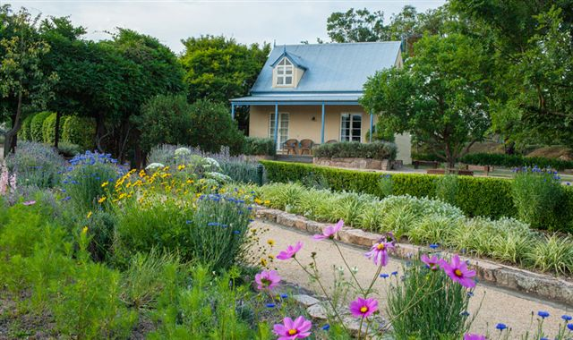 Vineyard Cottages and Cafe - Accommodation in Brisbane
