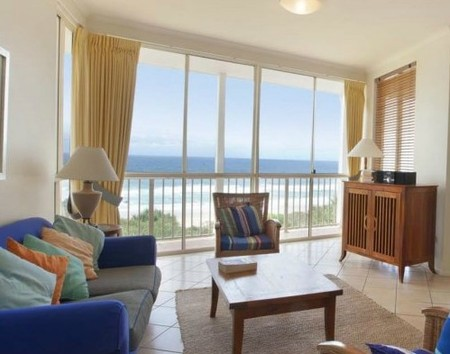 Whale Watch Ocean Beach Resort - Accommodation in Brisbane