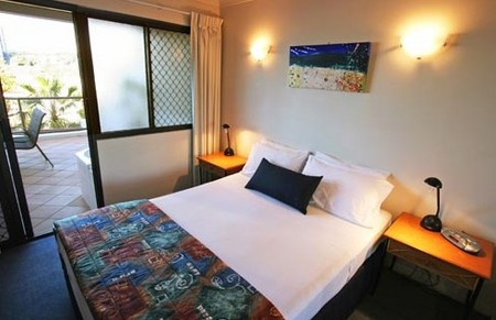 Burleigh On The Beach - Accommodation in Brisbane