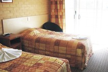 Tenterfield Bowling Club Motor Inn - Accommodation in Brisbane