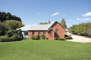 Woodend Old School House Bed and Breakfast - Accommodation in Brisbane