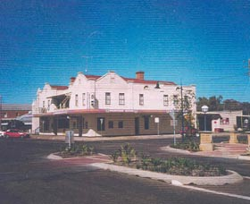 Namoi Hotel Motel - Accommodation in Brisbane