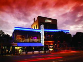 Chalk Hotel - Accommodation in Brisbane