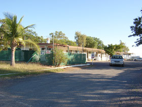 Hughenden Rest-Easi Motel amp Caravan Park - Accommodation in Brisbane