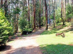 Hill 'n' Dale Farm Cottages - Accommodation in Brisbane