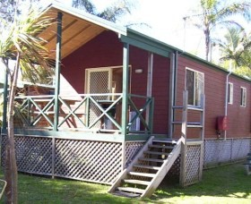A Paradise Park Cabins - Accommodation in Brisbane