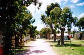 Bathers Paradise Caravan Park - Accommodation in Brisbane