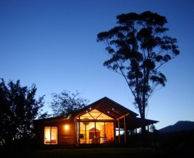 Promised Land Cottages - Accommodation in Brisbane