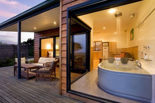 Coastal View Cabins - Accommodation in Brisbane