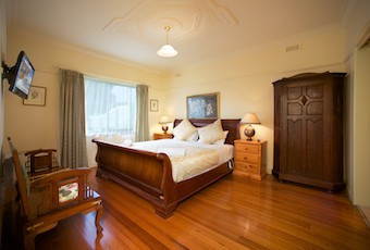 Nazaaray Beach House - Accommodation in Brisbane