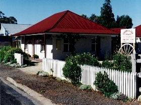 Cobb amp Co Cottages - Accommodation in Brisbane